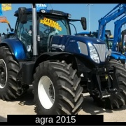 Landtechnik New Holland Traktor agra - Agrarbetrieb